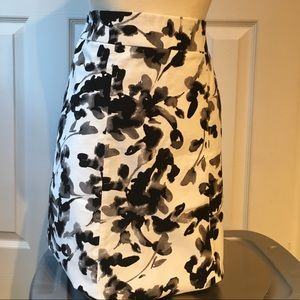 H&M floral pencil skirt black and white design